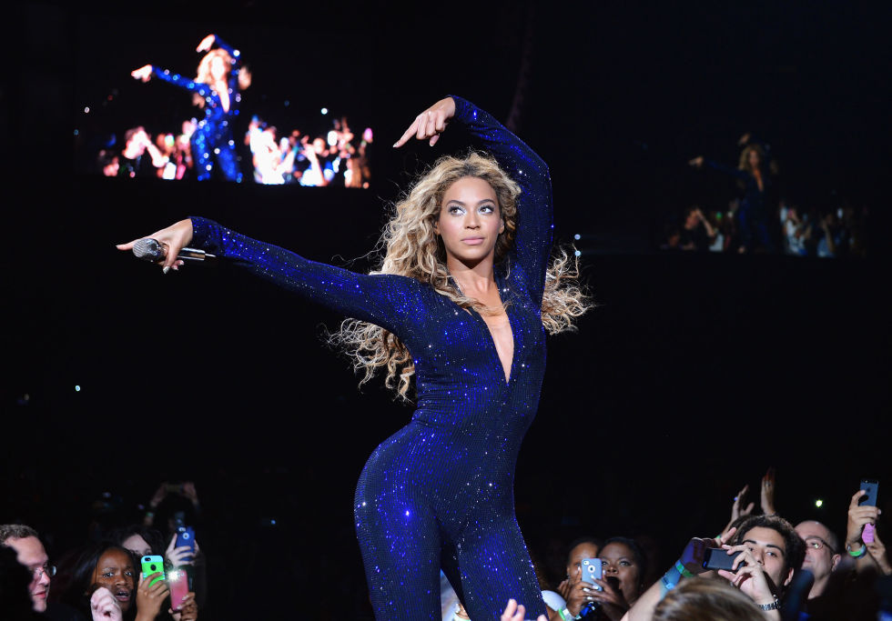 hbz-beyonce-tour-2013-gettyimages-173249396