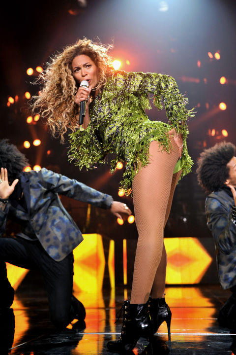 hbz-beyonce-tour-2013-gettyimages-175475524