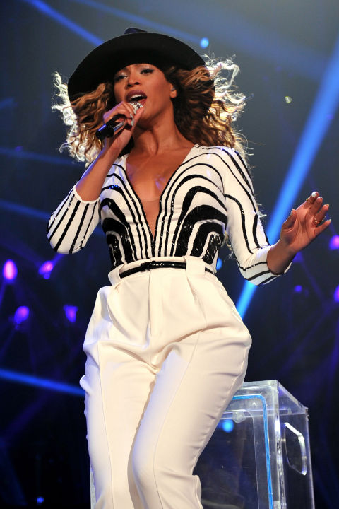 hbz-beyonce-tour-2013-gettyimages-175476894