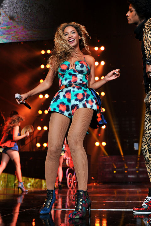 hbz-beyonce-tour-2013-gettyimages-175791214