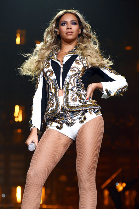 hbz-beyonce-tour-2013-mrscarter-gettyimages-459053679