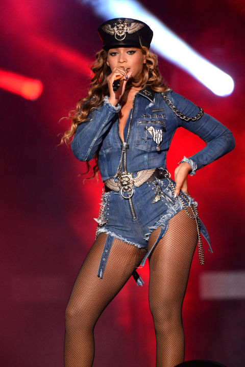 hbz-beyonce-tour-2014-gettyimages-452050756