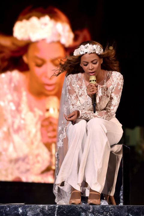 hbz-beyonce-tour-2014-gettyimages-452368076