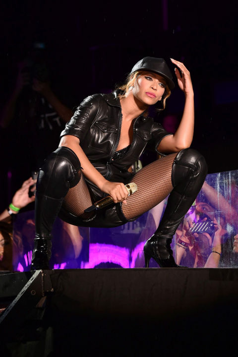 hbz-beyonce-tour-2014-gettyimages-453230940