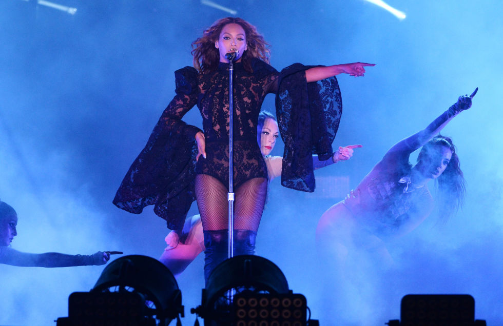 hbz-beyonce-tour-2014-onthe-rungettyimages-452049046