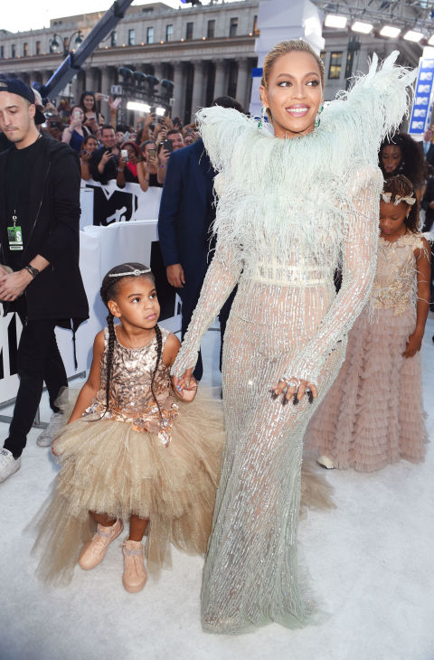 VMA's red carpet Blue Ivy Beyonce